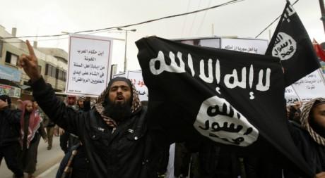 Manifestation de salafistes palestiniens contre Bachar al Assad à Gaza le 24 février 2012.  Reuters/Ibraheem Abu Mustafa