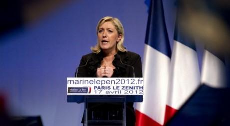 La candidate du Front national Marine Le Pen le 17 avril 2012. Reuters/Charles Platiau