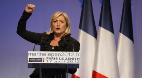Marine Le Pen à Paris le 17 avril 2012. REUTERS/Charles Platiau