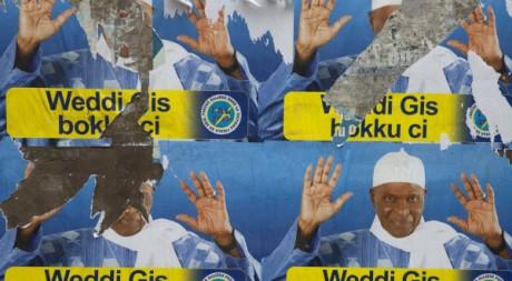 Affiches de campagne d'Abdoulaye Wade, candidat du PDS aux présidentielles, Dakar, 15 février 2012 REUTERS/Joe Penney