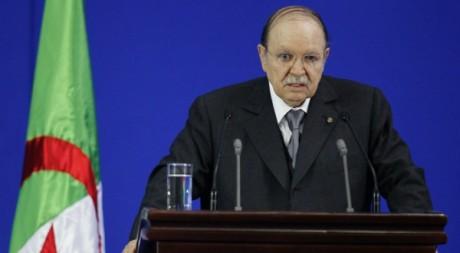 Discours du président algérien Abdelaziz Bouteflika le 8 mai 2012 à Sétif. Reuters/Louafi Larbi