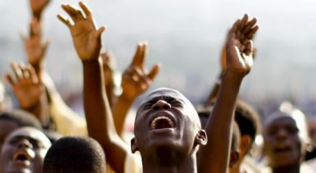 Evangéliques Haïtiens en prière, Port-au-Prince, 9 janvier 2011, REUTERS/Jorge Silva