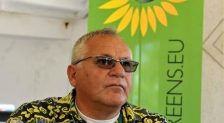 Le nouveau ministre de l'écologie sénagalais Ali Haidar, lors d'une confétence de presse le 31 mars 2012