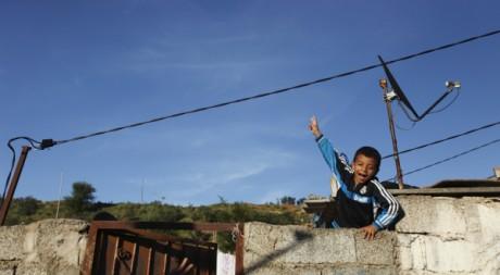 En Algérie, les moins de 15 ans représentent près d'un quart de la population  REUTERS/Zohra Bensemra