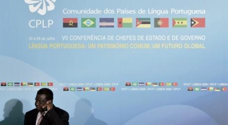 Le défunt président Bissau Guinéen Nino Viera lors du sommet de la CPLP à Lisbonne, 25 juillet 2008, REUTERS/Nacho Doce