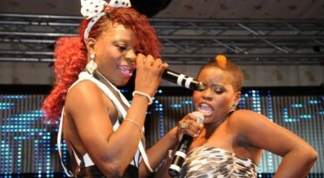 La chanteuse angolaise Titica, à gauche © D.R.