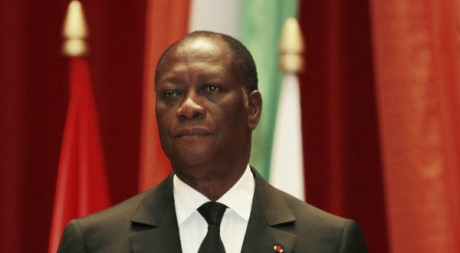 Le président ivoirien Alassane Ouattara à une réunion de la Cédéao, à Yamoussoukro, 29/06/2012, REUTERS/Thierry Gouegnon
