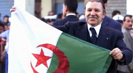 Prsident algrien Abdelaziz Bouteflika le 14 octobre 2002. Reuters