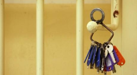Porte d'une cellule dans un centre de détention, avril 2010 ©Darrin Zammit Lupi / Reuters