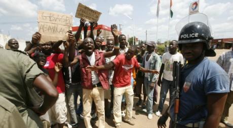 Manifestations à Toumodi, centre de la Côte d'Ivoire, 17/02/2010, REUTERS/Luc Gnago