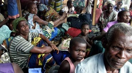 Réfugiés ivoiriens de l'ethnie Guéré à Duékoué, 21 avril 2003, REUTERS/Luc Gnago