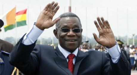 Le président ghanéen John Atta-Mills, à Yamoussoukro en Côte d'Ivoire, 7 avril 2009, REUTERS/Luc Gnago