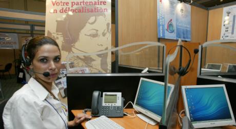 Une téléopératrice dans un centre d'appels à casablanca, Maroc. © ABDELHAK SENNA / AFP