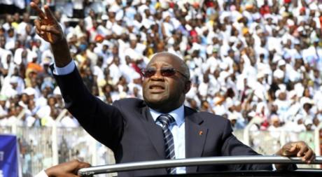 Laurent Gbagbo en campagne présidentielle à Abidjan, le 29 octobre 2010, REUTERS/Luc Gnago