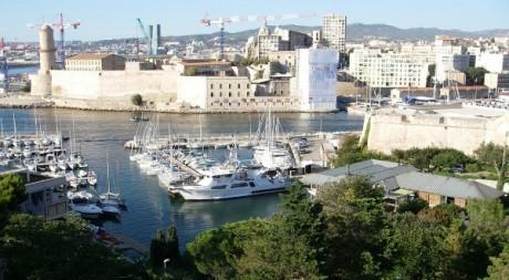 Marseille - Entrée du Vieux Port, by Jean & Nathalie, via Flickr CC.