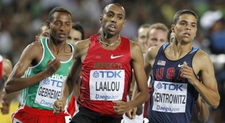 Amine Laalou sur 1500 mètres lors des champions du monde de 2011 en Corée du Sud. REUTERS/Mark Blinch