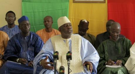 Le Premier ministre lors d'une réunion avec des personnalités politiques du nord du Mali, 10 août 2012, REUTERS/Reuters Staff