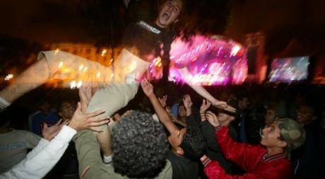 Des jeunes à un concert au Maroc © Abdelhak Senna/AFP