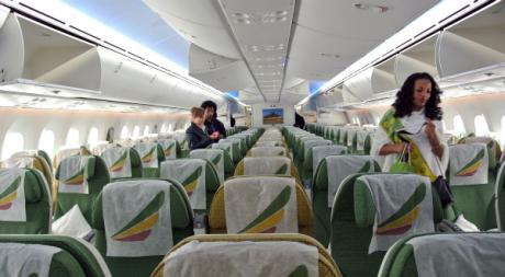 L'intérieur de la cabine du Boeing Dreamliner d'Ethiopian Airlines, le 17 août 2012. JENNY VAUGHAN/AFP