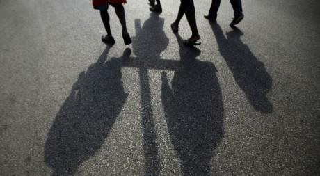 """Procession de catholiques durant le """"Vendredi Saint"""" à Abidjan, 06 avril 2012, REUTERS/Thierry Gouegnon"""