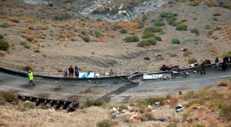 Le lieu du drame de la route où 42 personnes sont mortes dans un bus marocain le 4 septembre 2012, Haouz. AFP PHOTO/STR