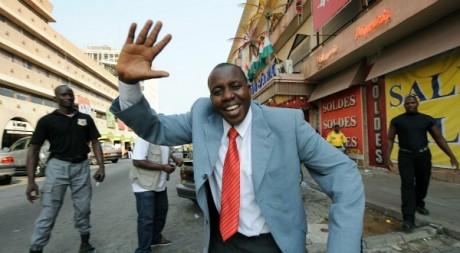 Adama Dahico, dans les rues d'Abidjan, janvier 2009. © KAMBOU SIA / AFP