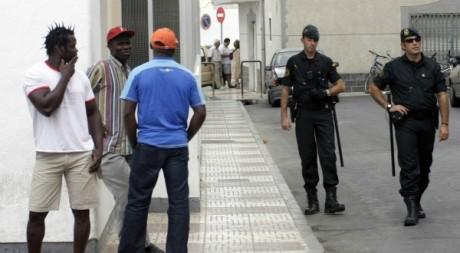 Immigrés africains à Roquetas del mar, Espagne, septembre 2008. © REUTERS/Francisco Bonilla