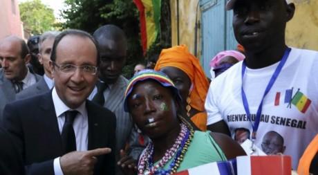 Visite de François Hollande sur l'île de Gorée, Sénégal, 12 octobre 2012.  REUTERS/Philippe Wojazer