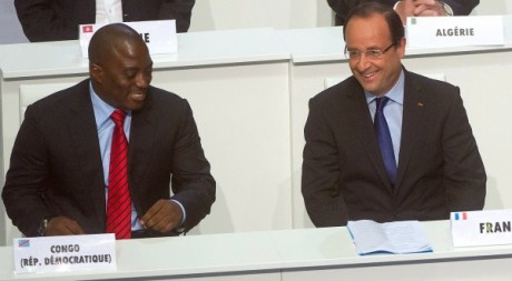 Les prsidents Kabila et Hollande au sommet de la Francophonie , Kinshasa, 13 octobre 2012. REUTERS/POOL New