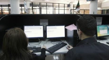 Bourse d'Alger le 14 mars 2012. Reuters/Louafi Larbi