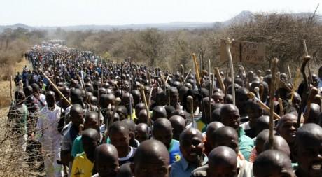 Manifestation de mineurs près de Marikana, le 10 septembre 2012. REUTERS/SIPHIWE SIBEKO
