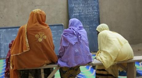 Femmes voilées en classe à Gao le 10 septembre 2012. Reuters/Stringer