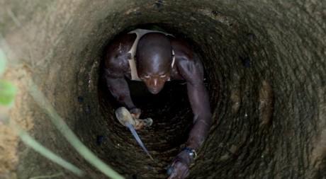 Mineur à Kalana, dans le sud du Mali, le 26 août 2012. REUTERS/Joe Penney