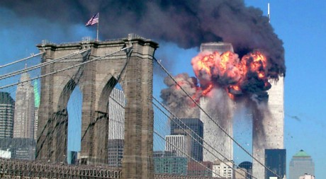 L'attaque du World Trade Center à New York, le 11 septembre 2001. REUTERS/Sara K. Schwittek
