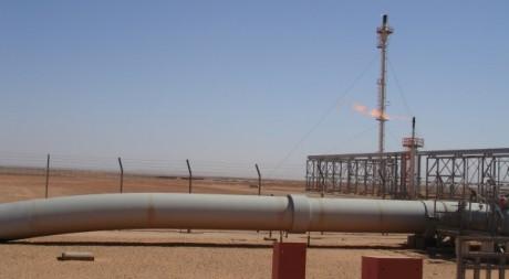 Centre de traitement de gaz à Krechba, décembre 2008. © STR / AFP