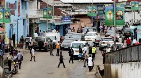 Une rue de Libreville, pendant la CAN, février 2012. © REUTERS/Luc Gnago