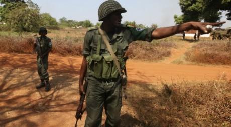 Un militaire de la CEMAC en Centrafrique Le 2 janvier 2013. Reuters/Luc Gnago