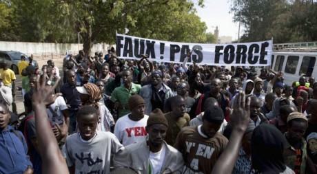 Manifestation contre le président sénégalais Abdoulaye Wade, 27 janvier 2012, Dakar. REUTERS/Joe Penney