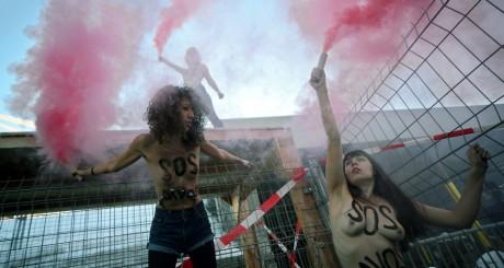 Des membres du Femen, lors du forum de Davos, janvier 2013. © JOHANNES EISELE / AFP