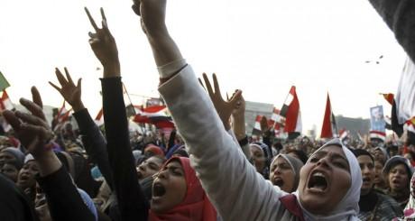 Manifestations de femmes contre les Frères musulmans, Le Caire, janvier 2013. © REUTERS