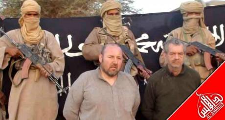 Image des otages Philippe Verdon et Serge Lazarevic, publiée par AQMI, décembre 2011 /AFP /ANI / AQMI