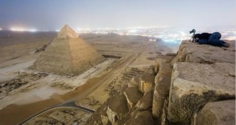 photo prise par un touriste russe sur le site de Giza en Egypte.
