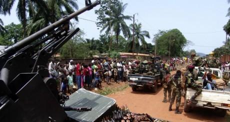 Une patrouille des éléments du Séléka, Bangui, 27 mars 2013 / REUTERS