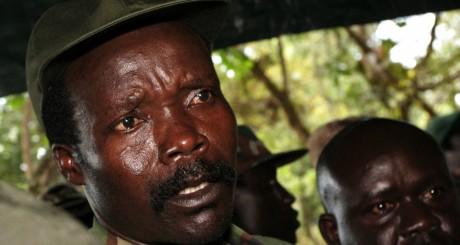 Joseph Kony, le leader du LRA, Ri-Kwamba, Sud-Soudan, novembre 2006 / AFP