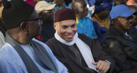 Karim et Abdoulaye Wade à Dakar le 6 décembre 2012. REUTERS/Joe Penney