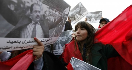 Manifestation à Tunis après l'assassinat de Chokri Belaïd, le 11 février 2013.  REUTERS/Anis Mili
