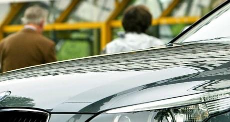 Capot d'un véhicule du concessionnaire allemand, Munich, 2004 /AFP