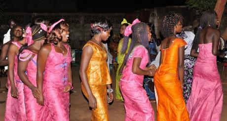 Fête de mariage à Bobo-Dioulasso, by Marco Fumasoni via Flickr CC.