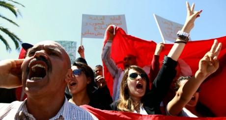 Des Tunisiens demandent plus de sécurité dans le pays, Tunis, 10 mai 2013 / REUTERS