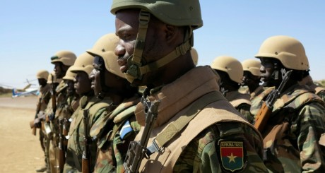 Soldats burkinabé au Mali en 2013 / REUTERS